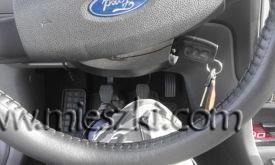 Do montażu pokrowca nie trzeba ściągać kierownicy
